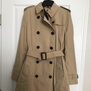 NEW Burberry Kensington Trench Honey Size 8